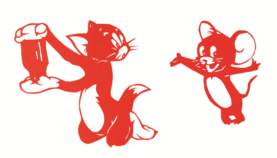 亲爱的小读者们,如果你手上有一张纸,除了画张画、写点字、折纸飞机,还能做些什么?合肥市青年路小学四(2)班的陈子荷告诉昊昊,她能将这张纸变成可爱的小动物、美丽的绿植,还可以上演动画片呢!别不相信哟,快来看看吧!  姓名:陈子荷 学校:合肥市青年路小学四(2)班 性格:文静儒雅 才艺:剪纸、英语演讲 代表作品:猫和老鼠 一张纸要是在我的手里,我能剪出美丽的图案。 第一次拿到纸和剪刀时,我感觉一点都不陌生,很顺利就剪出了一朵团花。也许我在这方面还有点小天赋呢,哈哈。因为这点小天赋,我和剪纸结下了不解之缘。 剪