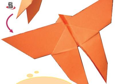 蝴蝶彩纸拼贴画